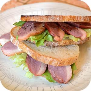 合鴨のサンドイッチ