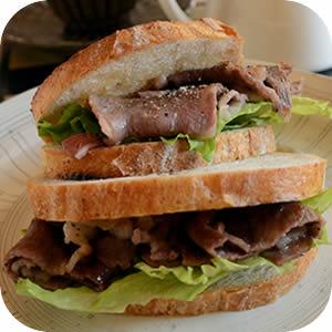 和牛リブロースのサンドイッチ