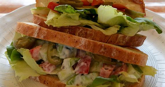 特製ベジタブルサンドイッチ